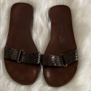 Brown leather sandals (Size 6)